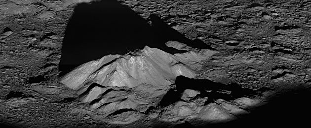 Tycho central peak - moon crater